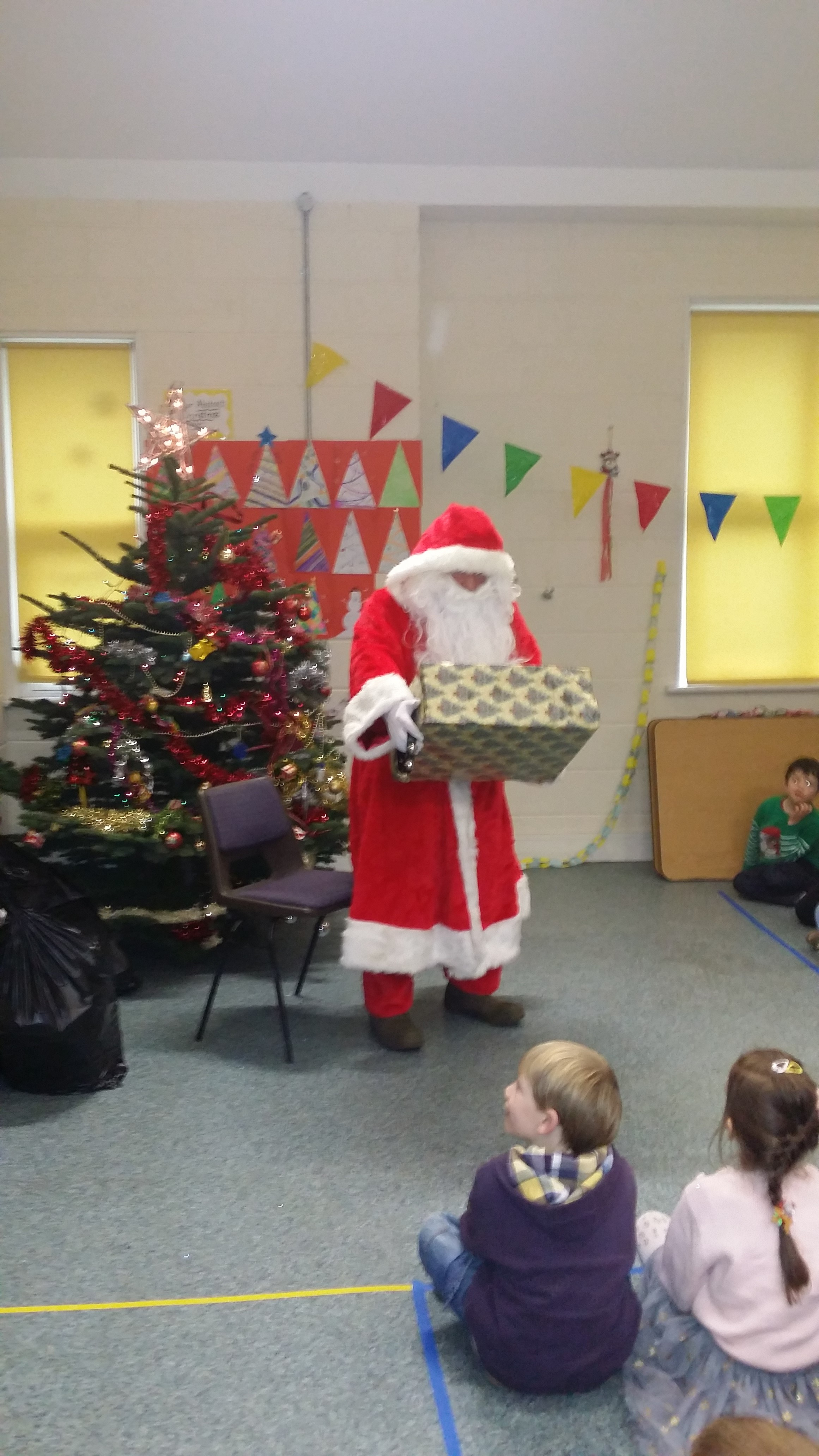 St Columba's Christmas Party Dec 2015 044
