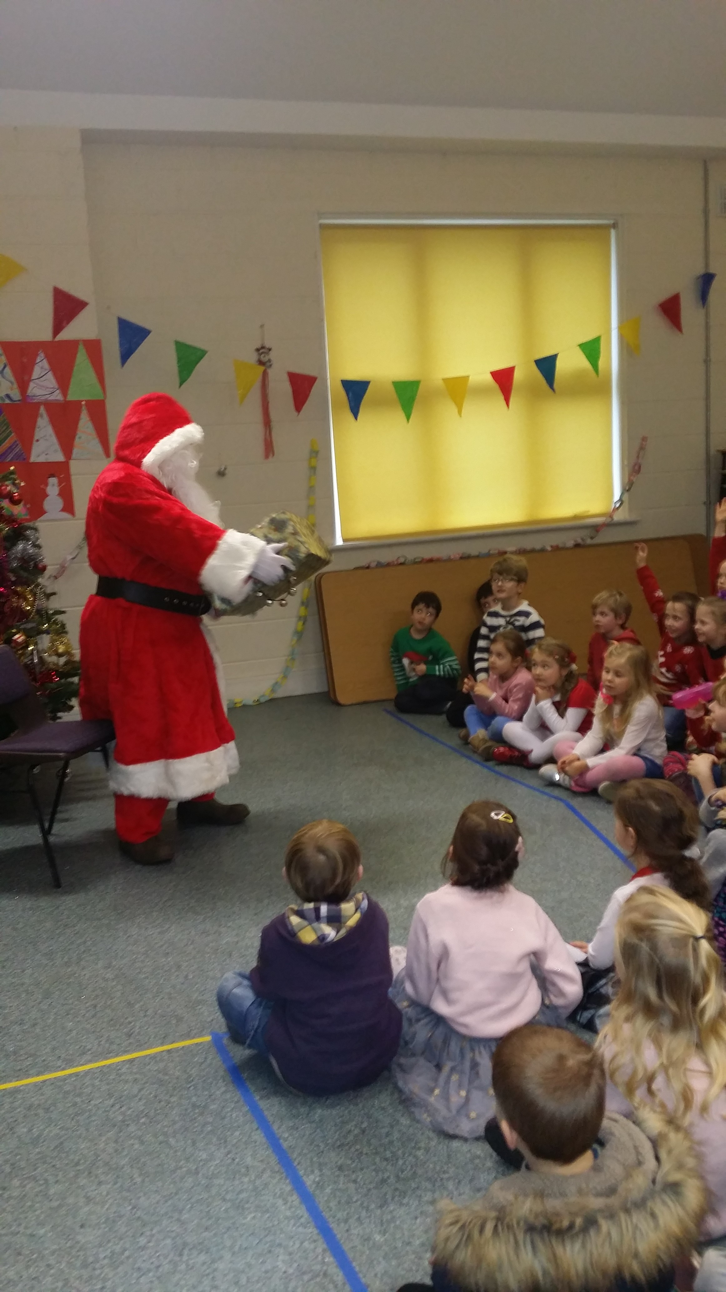 St Columba's Christmas Party Dec 2015 046